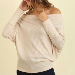 NWT UMGEE Off Shoulder Top Long Sleeve Thermal S
